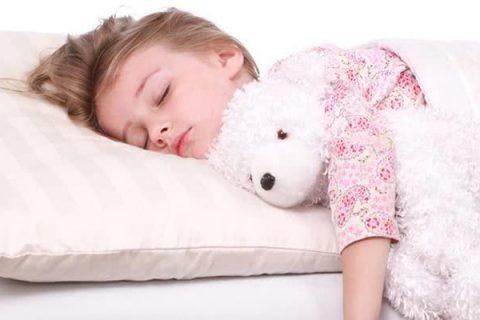 Jaka poduszka dla dziecka 2 lata?